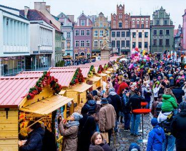 В польских городах открылись рождественские ярмарки